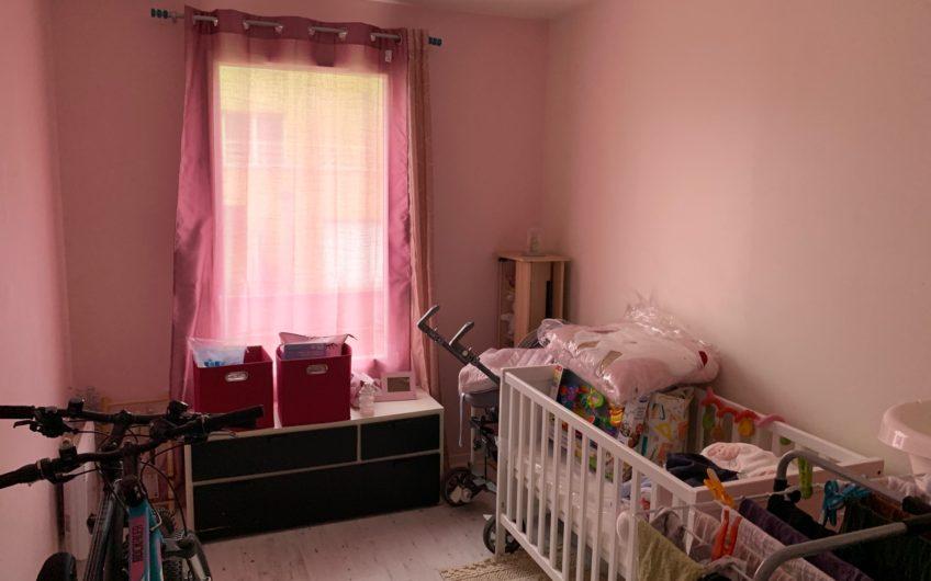 Ferrières en Brie / 64m2 / Appartement  2 chambres  vendu loué. Idéal investisseur.